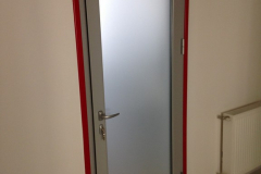 aliuminiievi-dveri-photo4