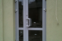 aliuminiievi-dveri-photo9