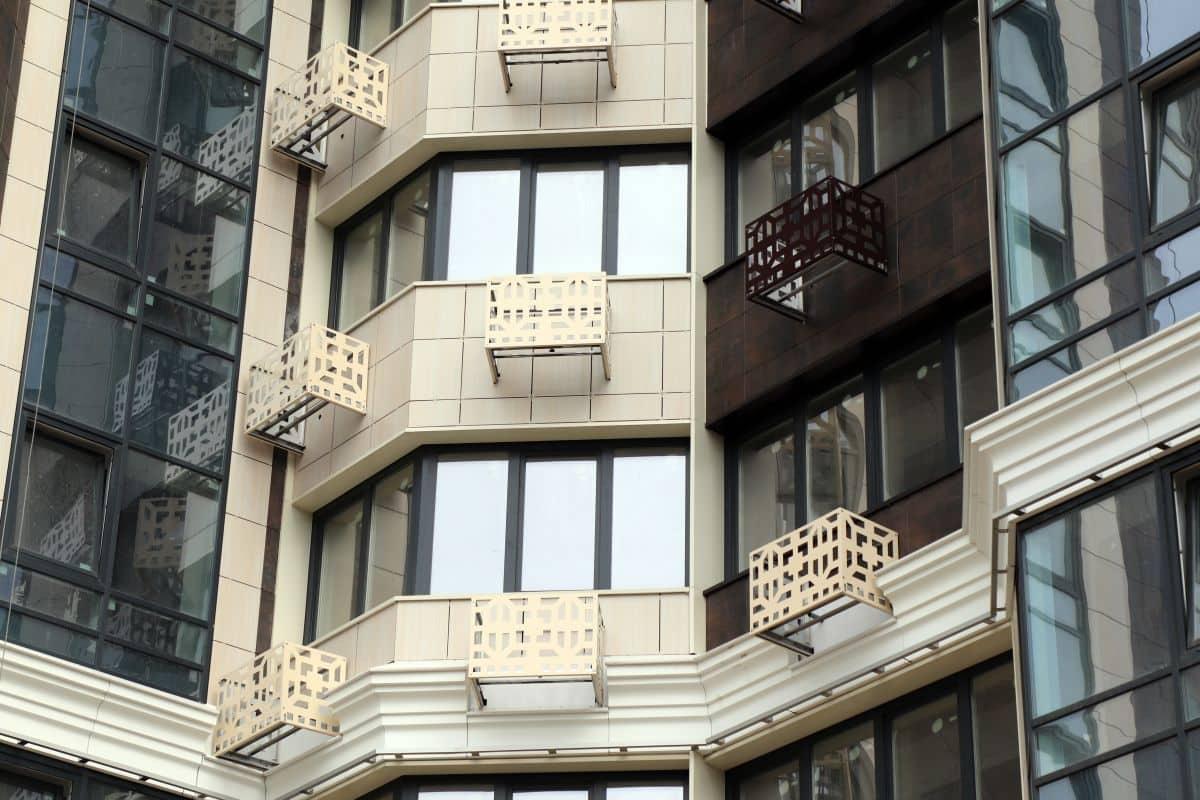 Види фасадів особливості та переваги