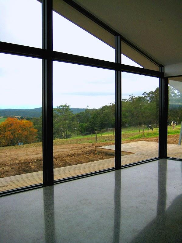 Переваги та недоліки вікон із алюмінію