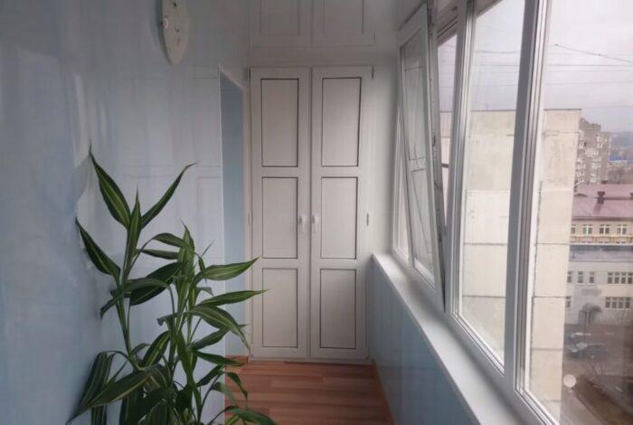 Як засклити балкон